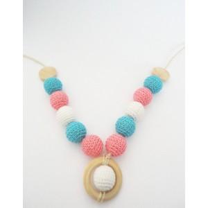 collier-crochet-portage-rose-et-bleu