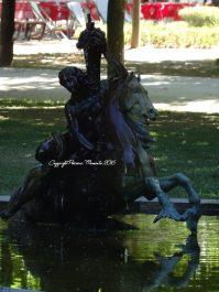 statue-4
