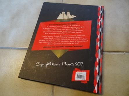 le-super-livre-des-pirates-couverture