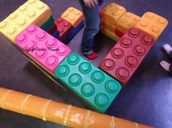 construction briques geantes