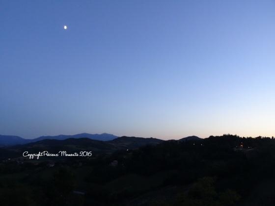panorama urbino de nuit italie