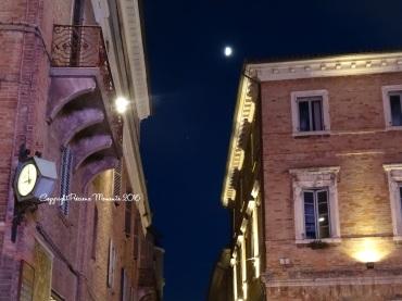urbino rue de nuit italie