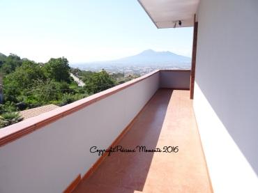 villa-eden-terrasse-vue-vesuve