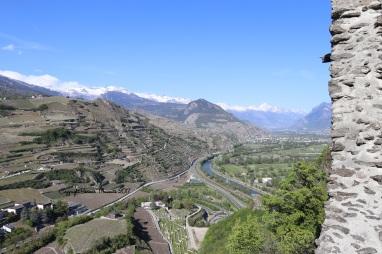 vue chateau tourbillon suisse