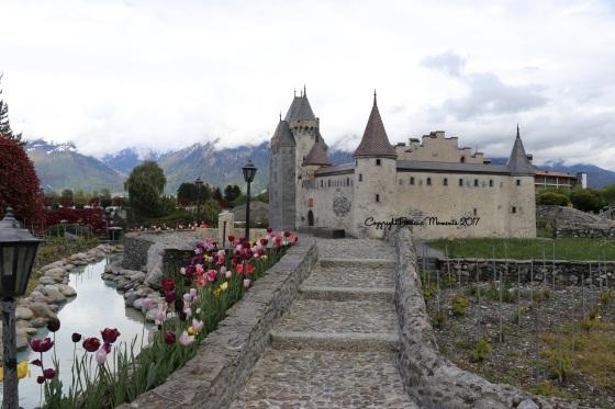 chateau miniature swiss vapeur parc