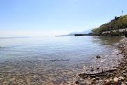 lac de neuchatel suisse