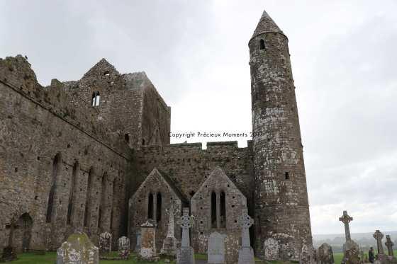 rock of cashel croix et abbaye