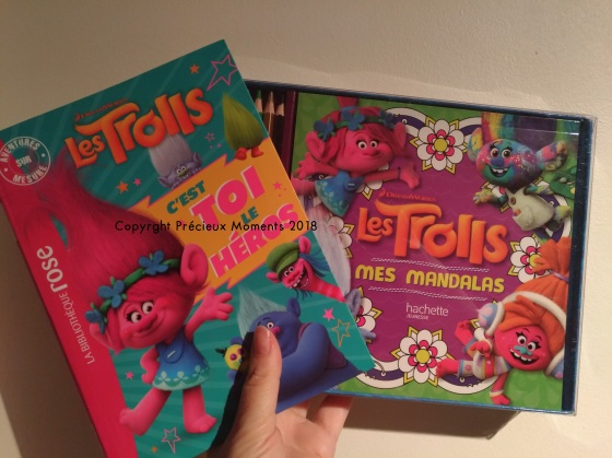 livre trolls et coloriage