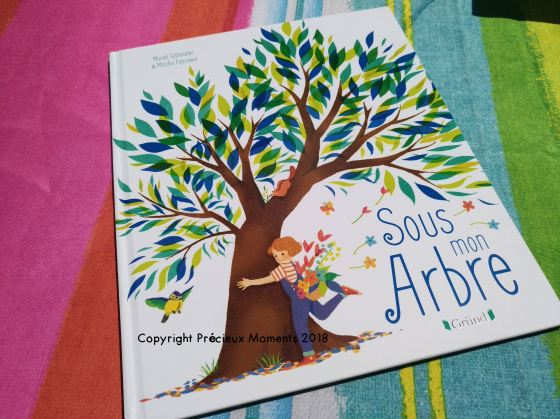 livre sous mon arbre montessori