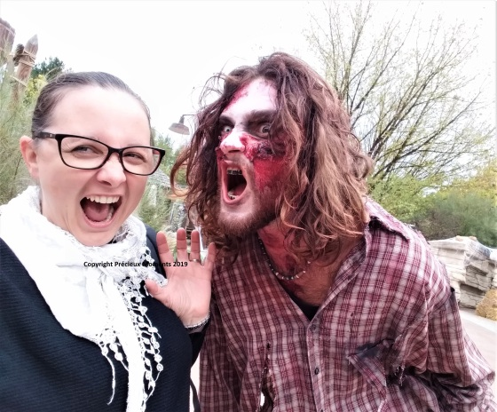 Walibi Halloween zombie bucheron peur