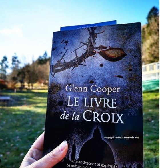 le livre de la croix de Glenn Cooper